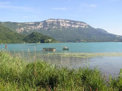 Lac d'Aiguebelette © OT Val Guiers